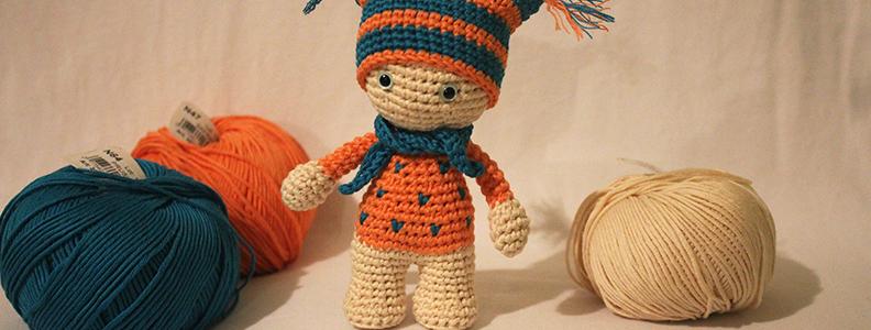 Modèle gratuit : Amigurumi Kokeshi au crochet | Les Tricots et ... | 300x792